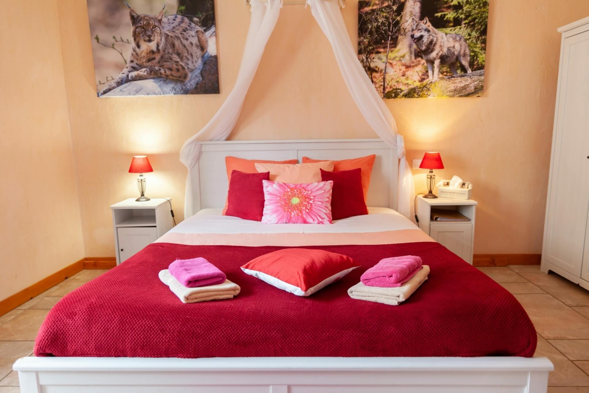 Chambre familiale, lit 160x 200 et un lit simple, une salle de bain moderne